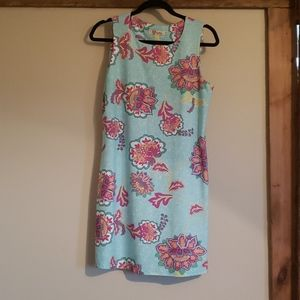 Sleeveless Dress with floral detail